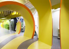 Wall to floor divide with colour - Yandex Saint Petersburg Office II by Za Bor Architects