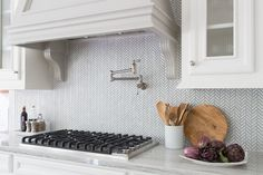 Backsplash and hood, Kitchen Remodel - Carla Aston, Designer - Tori Aston, Photographer