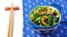 Pětiminutový čínský okurkový salát Asparagus, Green Beans, Vegetables, Food, Studs, Essen, Vegetable Recipes, Meals, Yemek