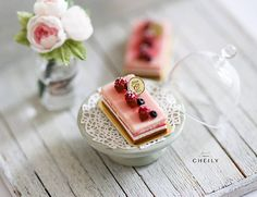 Dollhouse miniature dessert Raspberries Fever
