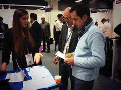 Village IBM #Mobilefirst : Antoine Arrivet IS Strategy  et Innovation chez #Danone évaluant l'application de #NetDevicesSAS pour les IBM #mobilefirst Awards