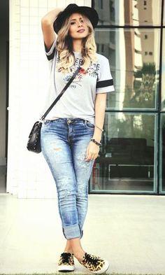 Jeans para tiempo de calor moda fashion, stylish summer outfits y fashion o Fashion Moda, Look Fashion, Girl Fashion, Fashion Outfits, Fashion Trends, Style Casual, Casual Chic, Casual Looks, My Style