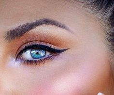 I love this make up , perfect for a Fiji wedding :-)