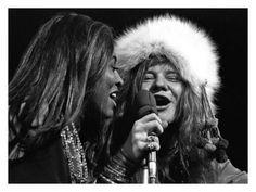 Tina Tuner and Janis Joplin, Madison Square Garden, New York 1968, by Harry Benson
