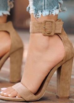 12 Must-Have Summer High Heels to Wear summer heels 2 cipők (Visited 1 times, 1 visits today) Heeled Boots, Shoe Boots, Shoes Heels, Heeled Sandals, Sandals Outfit, Strap Heels, Flats, Nude Heels, Ankle Straps