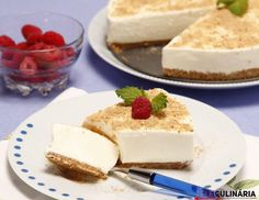 10 receitas de tartes que não vai querer perder - Teleculinaria Cheesecakes, Recipies, Deserts, Food And Drink, Yummy Food, Sweets, Dinner, Cooking, Portugal