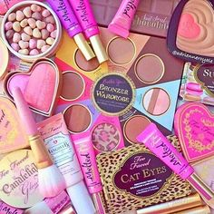 Wishing you a fab Friday! #regram @adrienneroyale #toofaced by toofaced