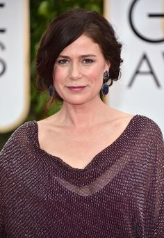 pictures of stacked haircuts maura tierney hair in 2018 4900