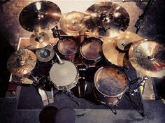 wacky cymbals...especially the china front and center...