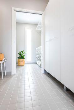 Hartman Koti Salmiakki. Lattiassa Arkitekt Color grey 97x97 mm, matta. #pukkilalaatat #pukkila Decor, Inspiration, Kitchen Inspirations, Room Divider, Flooring, Furniture, Interior, Home Decor, Room
