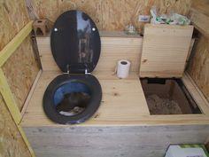 Superbe Toilettes Sèches Tout Allant Vert