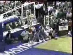 Spud Webb's best dunk at the slam dunk contest... my favorite player on the kings when i was a kid.