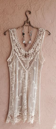 Beautiful and sexy lace. Romantic bohemian gypsy wedding dress or day at beach coverup free matching slip included. Style Boho, Look Boho, Gypsy Style, Hippie Style, Bohemian Mode, Bohemian Beach, Hippie Bohemian, Boho Gypsy, Hippie Chic