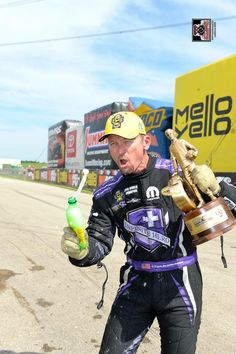 Jack Beckman & Team Win at the Route 66 Nationals in the T/F Infinite Hero Funny Car