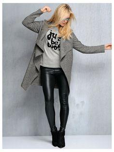 Tenue décontractée - Manteau en laine, sweatshirt, legging simili cuir #mode #printemps #nouveautés