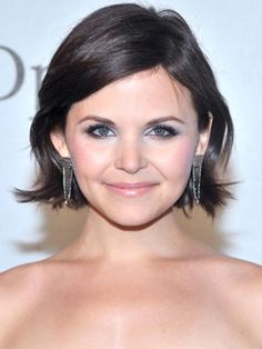 Ginnifer Goodwin Short Side-Part Haircuts