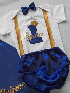 Elite Little prince Personalised Baby boy by BuBBlingBoutique Prince Birthday Party, Prince Party, Baby Birthday, First Birthday Outfits Boy, Royal Party, Baby Kostüm, Royal Baby Showers, Cake Smash Outfit, Birthday Cake Smash