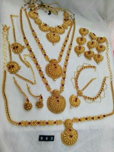 To buy please WhatsApp on 9703870603 Indian Jewelry Sets, Indian Wedding Jewelry, Royal Jewelry, India Jewelry, Wedding Jewelry Sets, Luxury Jewelry, Jhumkas Earrings, Aladdin, Jewelry Collection