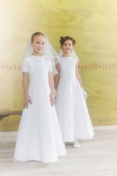 The perfect attire for your daughter's communion!