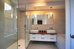 Salle de bain des maîtres Bathroom Lighting, Vanity, Mirror, Furniture, Condo, Home Decor, Bath, Management, Bathroom Light Fittings