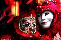 Venice Carnival 2010 - Cozy by Struggle for life, via Flickr
