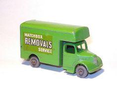 Matchbox 17b Bedford Removals Van (1958)