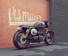 Triumph Bonneville Cafe Racer #motorcycles #caferacer #motos | caferacerpasion.com