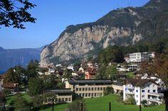 Flüelen, Switzerland [3888 × 2592]