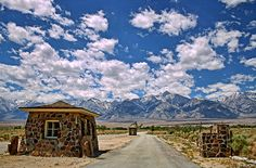 Entrance to Manzanar (photo by Robin Keefe) Yosemite Sequoia, Bishop California, Places To Travel, Places To Go, Japanese American, Forest Park, United States Travel, Military Style, National Forest