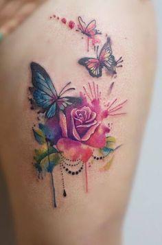 Rosen & Schmetterling - Aquarell Tattoo Source tattoo designs, tattoo, small tattoo, mean Watercolor Butterfly Tattoo, Rose And Butterfly Tattoo, Butterfly Tattoos For Women, Butterfly Tattoo Designs, Watercolor Tattoos, Tattoo Femeninos, Tattoo Fonts, Leg Tattoos, Body Art Tattoos