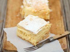 Juhoslovanský krémový kolač Vanilla Cake, Cheesecake, Baking, Cupcakes, Food, Gardening, Cupcake Cakes, Cheesecakes, Bakken
