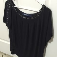 Blue and silver top! Worn 1-2 times. Navy blue and silver. Size 14/16. Please look at tag pic. Elloquii Tops