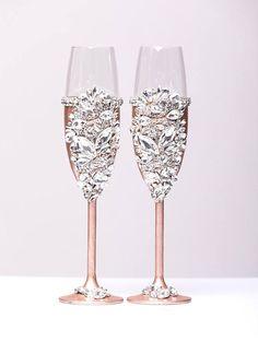 Wedding Wine Glasses, Wedding Unity Candles, Wedding Champagne Flutes, Champagne Glasses, Bling Wedding, Wedding Gifts, Inexpensive Wedding Favors, Wine Charms, Unique Weddings