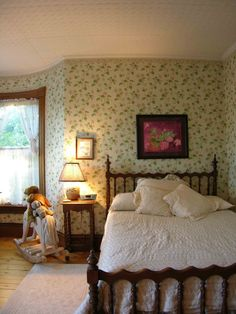 White Victorian Style Bedroom - Bedroom Decorating Ideas   Victorian ...