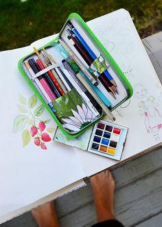 Portable Art Studio, belongs to Sandi Henderson.