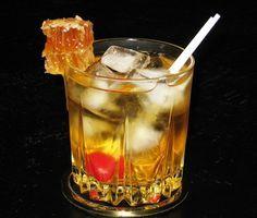 Honey Jack Cider  (2 oz. Jack Daniel's Tennessee Honey Whiskey 4 oz. Apple Cider or Apple Juice 1 Tbsp. Lemon Juice)