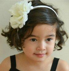 Little girls : wedding day