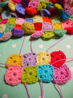do you mind if i knit: Sewing up knitting or crochet with an invisible stitch.