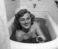 Lady Moio: Concursos de beleza bizarros ,do séc. XX