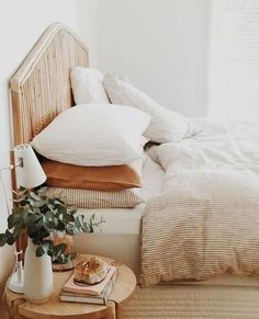 Unique Home Decor, Cheap Home Decor, Home Bedroom, Bedroom Decor, Master Bedroom, Bedroom Ideas, Gothic Bedroom, Bedroom Inspo, Bedroom Designs
