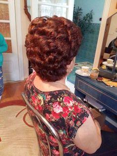 Retro Hairstyles, Pixie Hairstyles, Curled Hairstyles, Hair Tinsel, Red Pixie, Mature Women Fashion, Really Short Hair, Fairy Hair, Beautiful Haircuts