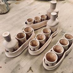 Time to glaze it up!!! _______________________________________________________ #clay #porcelain #ceramics #pottery #art #artist #ceramicartist #keramik #aardvarkclay #ryanreichceramics