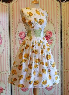 1950s Vintage Day Dress / Beautiful Yellow by RainbowValleyVintage