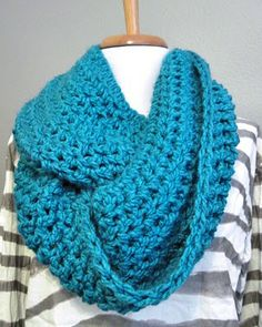 Thick cozy infinity scarf.   Super bulky yarn & size P hook.