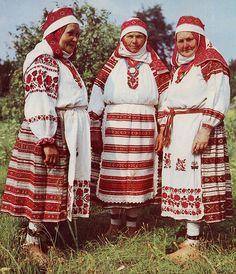 The costume of west Polissia and Zavolikannia embroidery, Ukraine and Bielorus