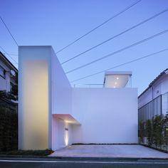 Cube Court House by Shinichi Ogawa & Associates - Tokyo