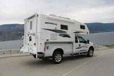 9-6 Q Classic SE | 3/4T Slide in Truck Camper