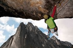 """Roofin' - Arc'athlete Ines Papert on """"Power of Silence"""" (5.13a)"""