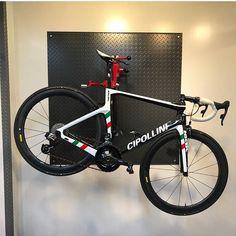 "2,046 Likes, 2 Comments - Loves road bikes (@loves_road_bikes) on Instagram: "" Cipollini NK1K @lee_1q #lovesroadbikes #cipollini #cipollinink1k #roval #rovalwheels #sram…"""