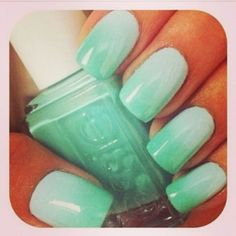 MINT GREEN NAILS<3 #OMBRE!